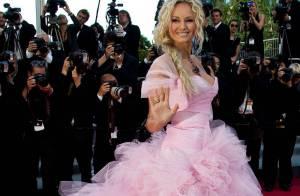Cannes 2011 - Adriana Karembeu, Courtney Love: Les looks les plus extravagants !