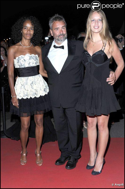 Virginie Silla, Luc Besson et sa fille qu'il a eue avec Maïwenn, Shanna, lors de la soirée post-palmarès du festival de Cannes le 22 mai 2011