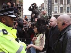 Amy Winehouse à nouveau arrêtée et placée en garde à vue ! (réactualisé)