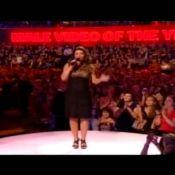 Shania Twain : Une grosse gamelle mais... une bonne dose d'humour !