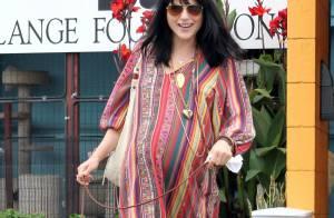 Selma Blair, toujours enceinte et stylée, attend le jour J avec impatience