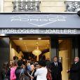 Réouverture de la bijouterie et horlogerie Forges, avenue Wagram, à Paris, le 14 juin 2011.