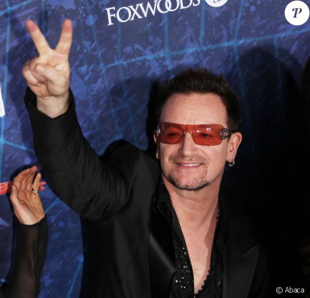 Bono le mardi 14 juin à Brodway pour l'avant-première de Spider-Man : Turn Off The Dark, le musical événement