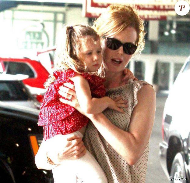 Nicole Kidman avec sa fille Sunday Rose, 3 ans en juillet, et son mari le chanteur de country Keith Urban. New York, 29 mai 2011