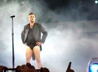 Robbie Williams : Toujours prêt à se dénuder, même sur scène