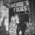 Michou et Line Renaud à Paris, le 4 décembre 1975.