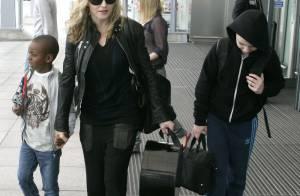 Madonna joue la discrétion avec les deux hommes de sa vie, Rocco et David