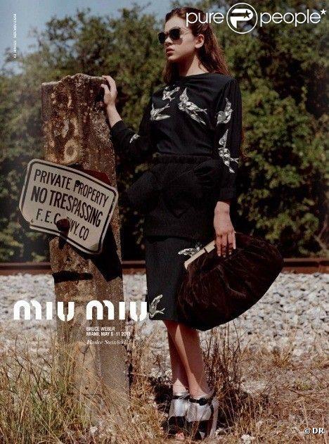 Hailee Steinfeld pour la campagne Miu Miu