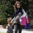 Jessica Alba dans les rues de Los Angeles, le 30 juin 2011 avec son adorable fille Honor.