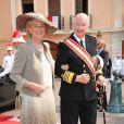 Le jour du mariage religieux d'Albert et Charlene,  le 2 juillet 2011 à Monaco, le roi Albert II et la reine Paola de Belgique fêtaient 52 ans de mariage.