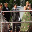 Emma Watson, Rupert Grint, Daniel Radcliffe et J.K. Rowling lors de l'avant-première mondiale de Harry Potter et les Reliques de la mort - partie II à Londres le 7 juillet 2011