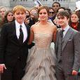Rupert Grint, Emma Watson et Daniel Radcliffe lors de l'avant-première mondiale de Harry Potter et les Reliques de la mort - partie II à Londres le 7 juillet 2011