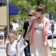 Jessica Alba et Honor ont passé une douce journée à Los Angeles. Le 8 juillet 2011 à Los Angeles