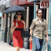 Famke Janssen : Superbe sous son ombrelle avec ses amours
