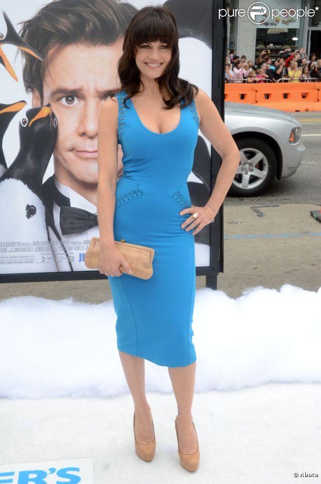 Carla Gugino le 12 juin 2011 pour la première de M. Popper et ses Pingouins