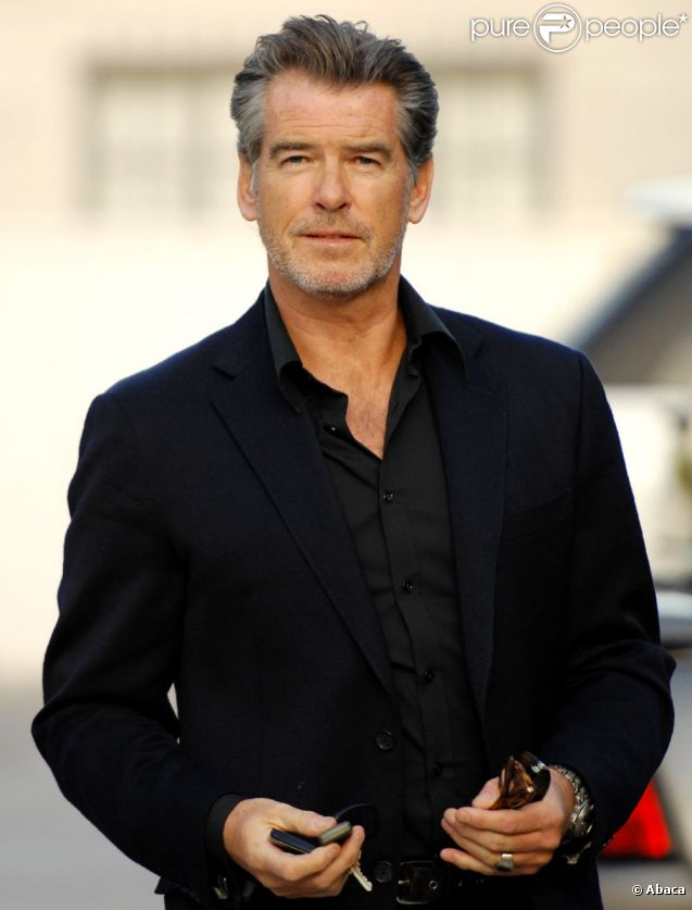 Pierce Brosnan en mars 2011 à Los Angeles