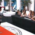 Simon joue la carte de l'humour lors du défilé pour l'élection de Mister Secret Story 5 dans Secret Story 5