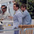 Ed Westwick, Chace Crawford et Blake Lively : Douce après-midi en bateau pour les besoins du tournage de Gossip Girl. Le 3 août 2011