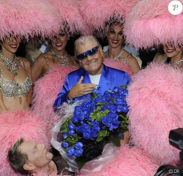 Michou pour son 80e anniversaire au Trianon, à Paris, le 20 juin 2011.