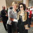 Gloria von Thurn und Taxis et Bianca Jagger arrivent au dîner-concert spécial Mozart dans le cadre du Festival de Salzbourg, en Autriche, le 7 août 2011.