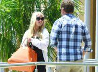 Jessica Simpson : Pourquoi cache-t-elle toujours son petit ventre ?