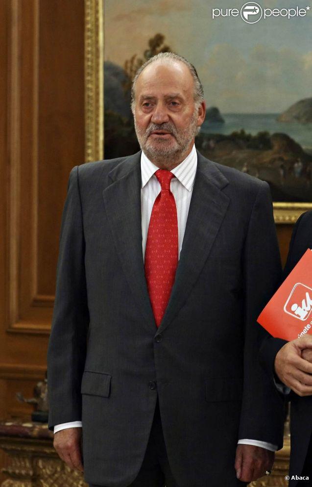Le roi Juan Carlos Ier d'Espagne doit subir début septembre 2011, autour du 5, une opération du tendon d'Achille.