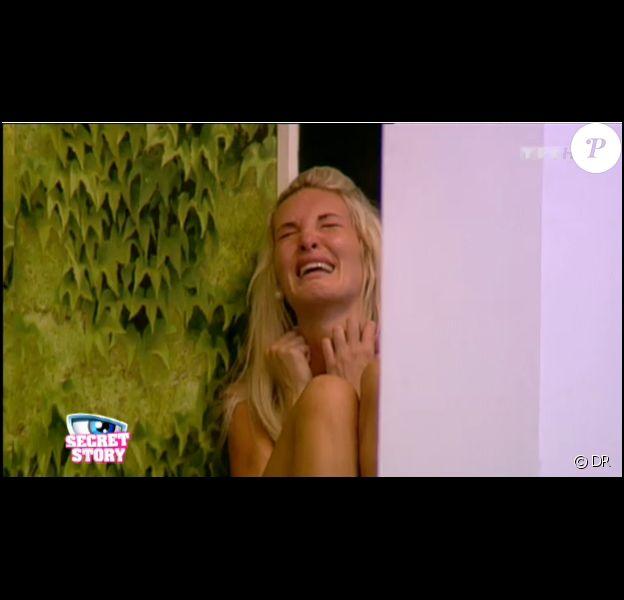 Ayem craque dans Secret Story, vendredi 9 septembre 2011 sur TF1