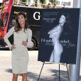 Elisabetta Canalis révèle sa campagne anti-fourrure pour PETA sur Rodeo Drive à Los Angeles, le 13 septembre 2011