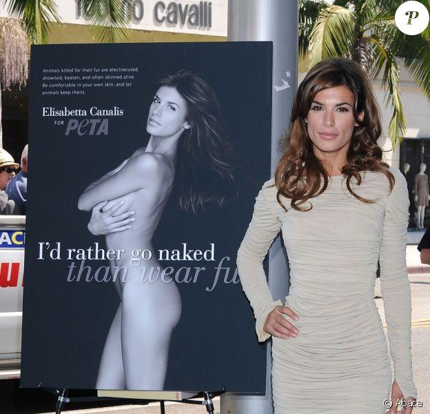 La sublime Elisabetta Canalis révèle sa campagne anti-fourrure pour PETA sur Rodeo Drive à Los Angeles, le 13 septembre 2011
