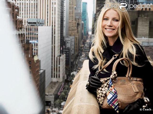 Gwyneth Paltrow pose pour la nouvelle campagne de la griffe de sac new-yorkaise Coach.