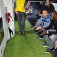 Fred Testot et Omar Sy à la soirée de lancement de FIFA 12 au VIP ROOM à Paris le 19 septembre 2011