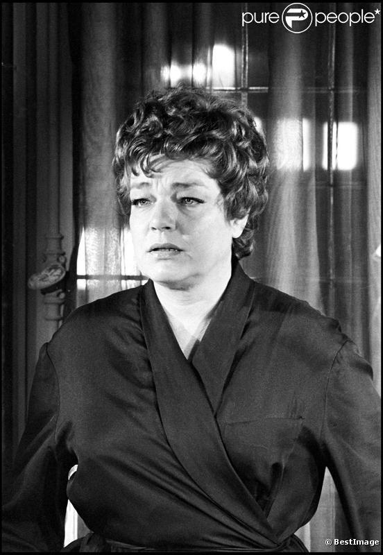 Simone Signoret en 1963 sur le tournage du film Le jour et l'heure