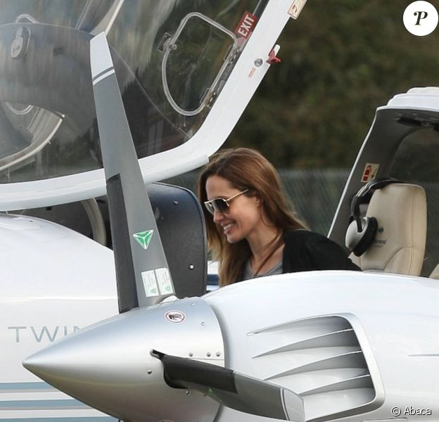 Angelina Jolie à l'aéroport de Blackbushe, le 23 septembre 2011