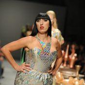 Fashion Week : Défilé déjanté et baisers enflammés pour Rossy de Palma