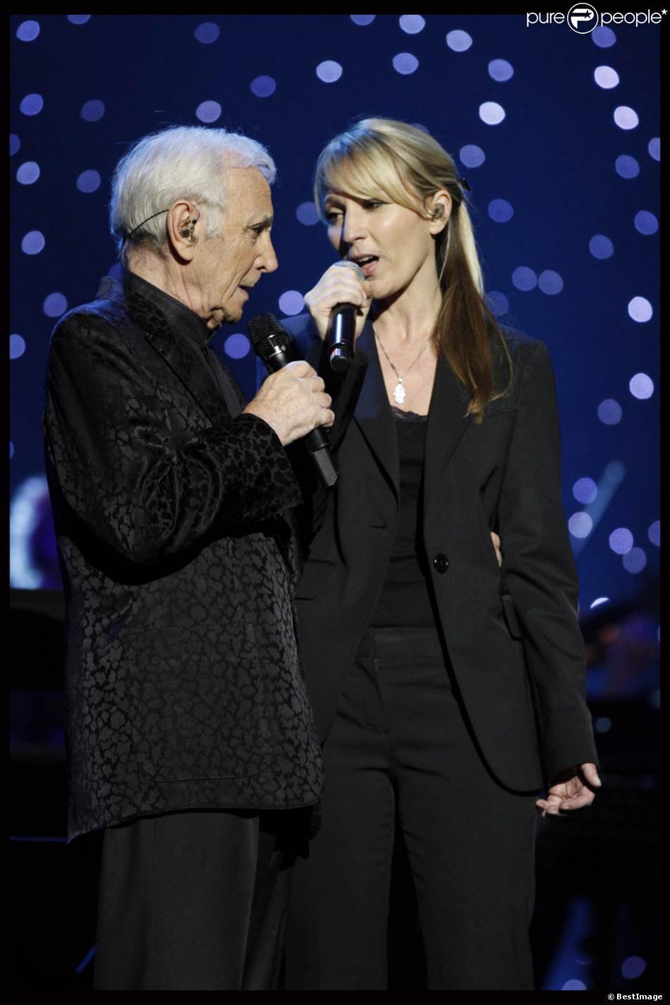 Connu Charles Aznavour en duo avec sa fille Katia sur Je Voyage. Outre  OA06