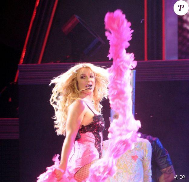 Britney Spears présente son Femme Fatale Tour à St-Petersbourg (Russie), en septembre 2011.