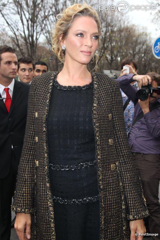 Uma Thurman au défilé Chanel à Paris le 4 octobre 2011