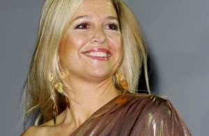 La princesse Maxima, sexy moulée de bronze, brille dans la fièvre latina