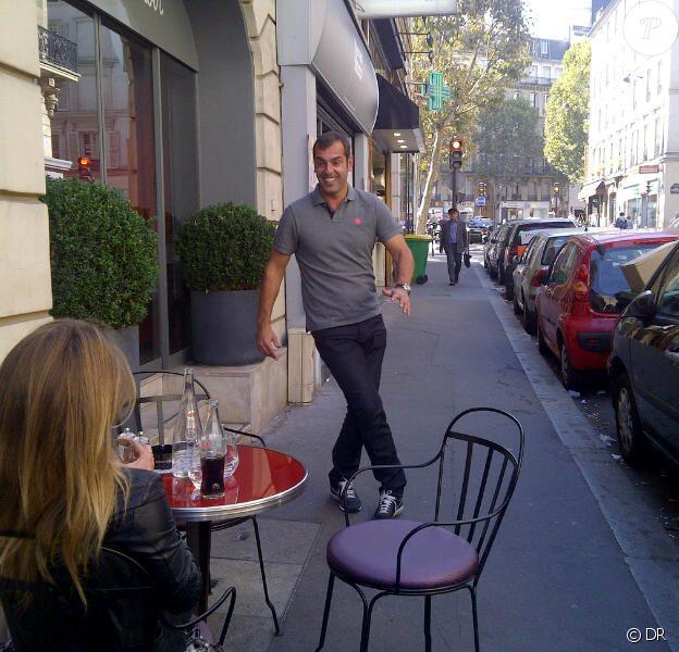 Cédric Pioline s'entraîne dans la rue avant son premier passage samedi 8 octobre dans Danse avec les stars 2 sur TF1