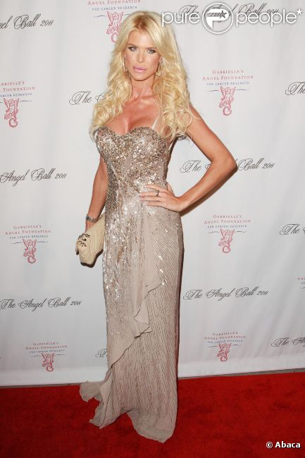 Victoria Silvstedt lors de la soirée de gala Gabrielle Angel Foundation à New York le 17 octobre 2011