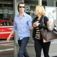Exclusif :Kate Winslet et son nouveau chéri Ned Rockroll, neveu de Richard Branson, arrivent à l'aéroport de San Francisco le 14 octobre 2011, amoureux !