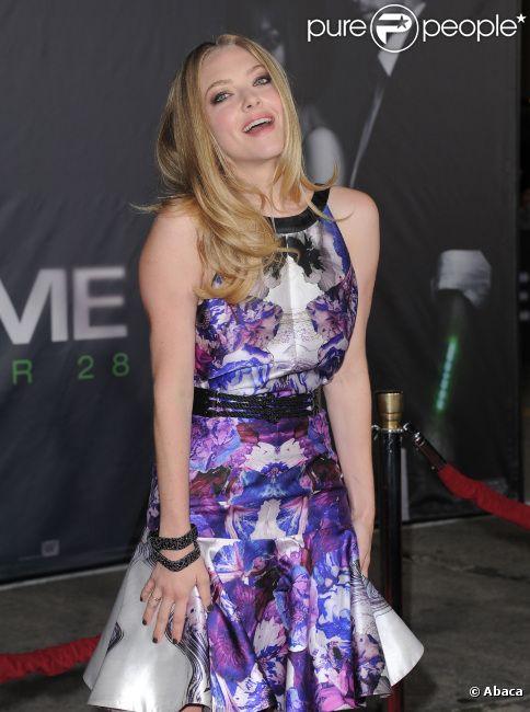 La belle Amanda Seyfried à Los Angeles le 20 octobre 2011 pour l'avant-première de Time out.