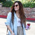 Demi Lovato se promène à Los Angeles, en octobre 2011.