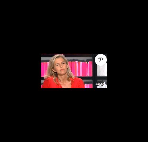 Delphine de Vigan est venue sur le plateau de l'émission La Grande  Librairie, présentée par son compagnon François Busnel, le 15 septembre  dernier sur France 5