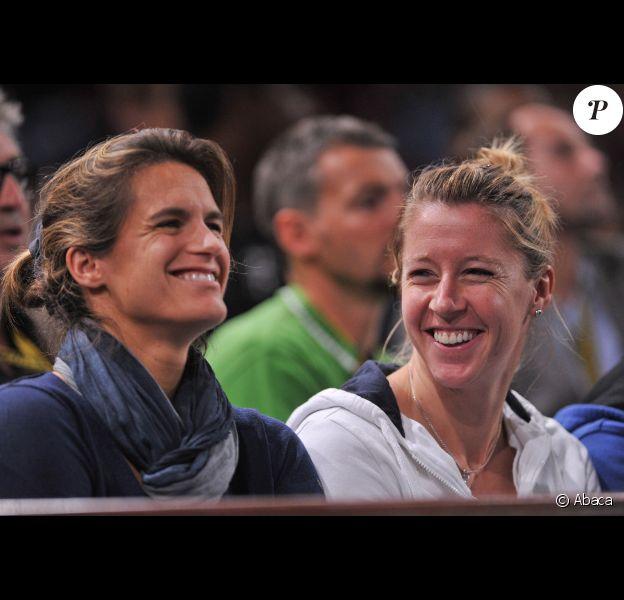 Amélie Mauresmo et Camille Pin le 7 novembre 2011 à Paris lors du Masters 1000