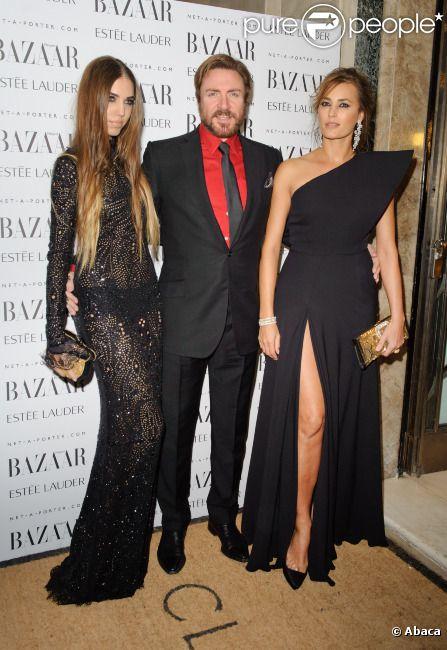 La famille Le Bon au grand complet ! Amber, Simon et Yasmin lors de la soirée Harper's Bazaar à Londres, le 7 novembre 2011