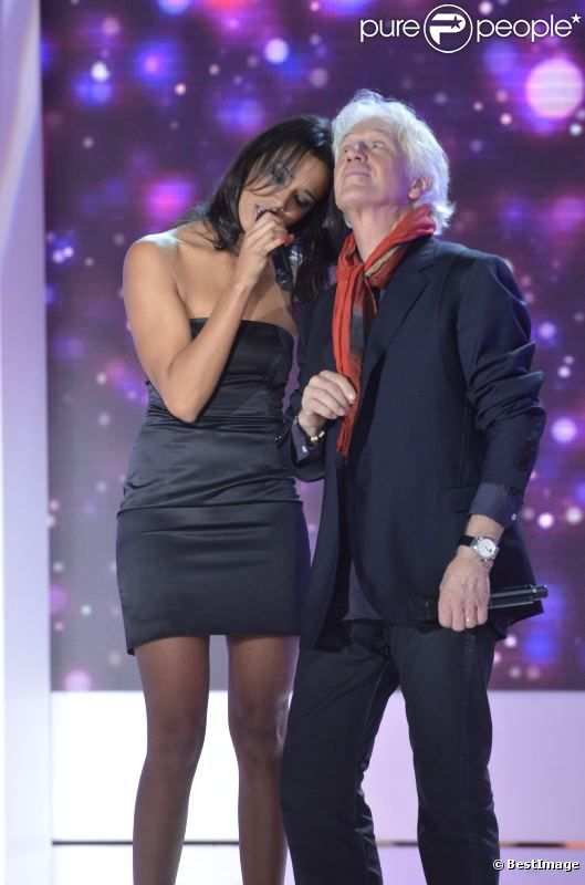 Gérard Lenorman chante avec Shy'm lors de l'enregistrement de l'émission Vivement Dimanche qui sera diffusée le 13 novembre 2011. Invité spécial : Gérard Lenorman.