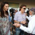 Rencontre de bon aloi avec Jackie Stewart ! Sir Paul McCartney et son épouse Lady Nancy étaient mi-novembre à Abu Dhabi au moment où s'y courait le Grand Prix de Formule 1, le 13 novembre 2011. Macca reprenait à cette date le cours de sa tournée.