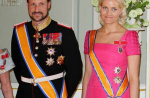 Haakon et Mette-Marit Père Noël, Märtha-Louise ange gardien, Sonja sous pression
