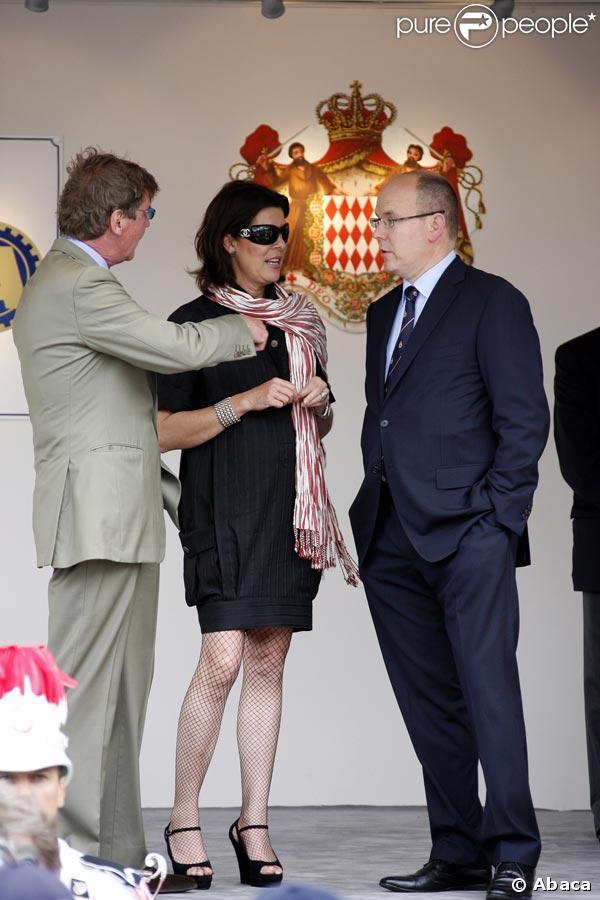 Le prince Albert de Monaco avec sa soeur Caroline et son mari